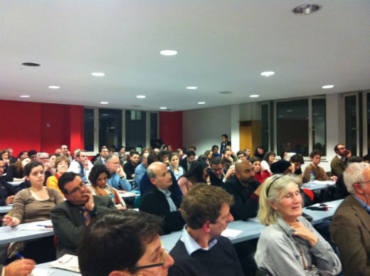 Audience at talk by Louay Hussein